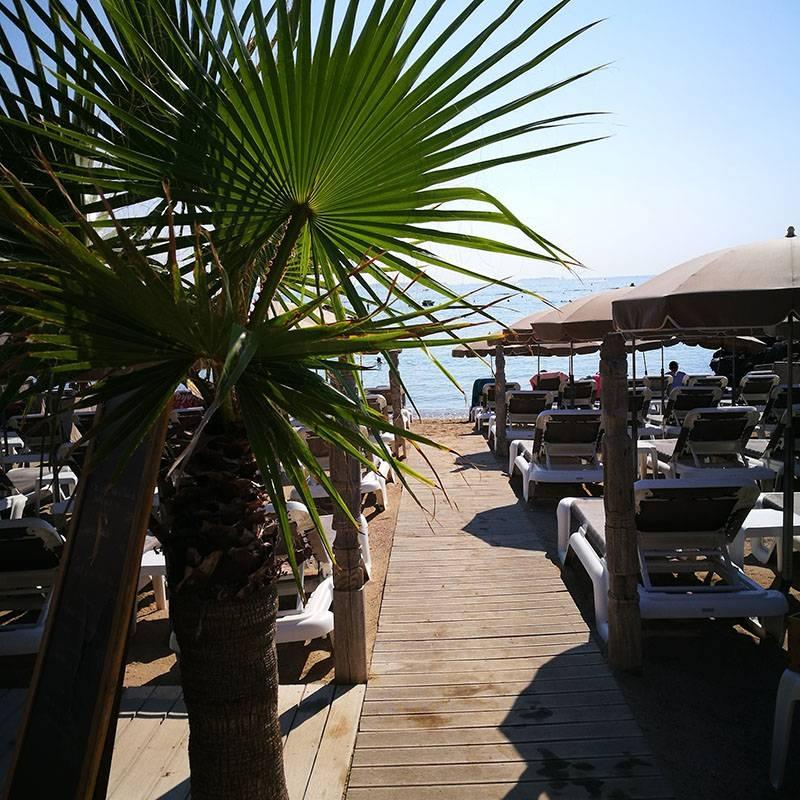 Plage des Îles - Restaurant Mandelieu-la-Napoule